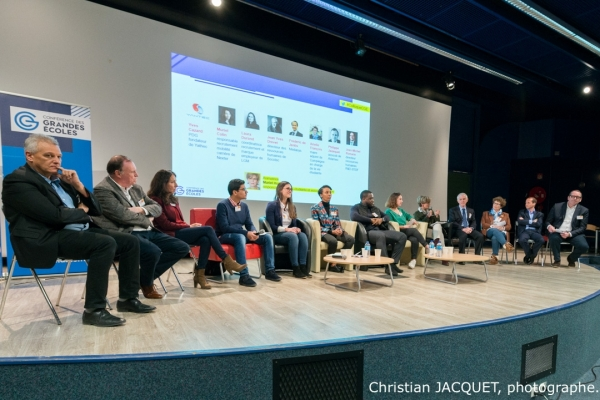 2019 04 04-CGE-Saclay-Pitches etudiants
